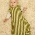 Ein Babyschlafsack für die richtige Bettruhe